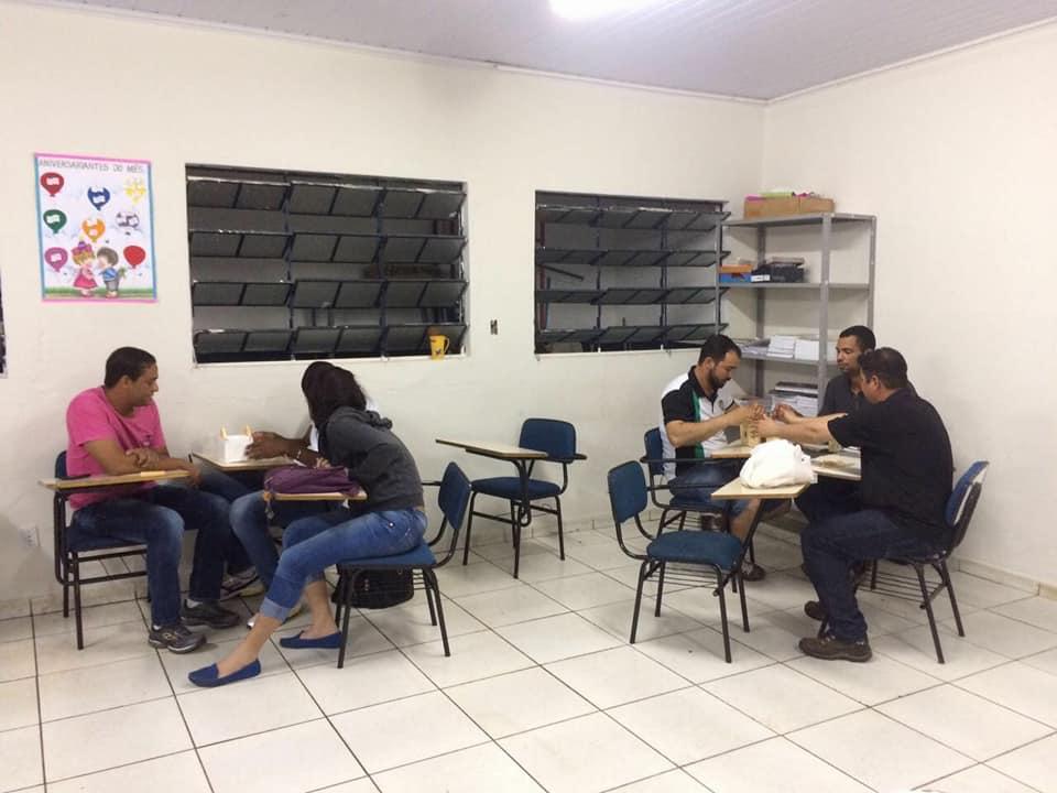 Aula de estrutura de cobertura com os técnicos em Edificações