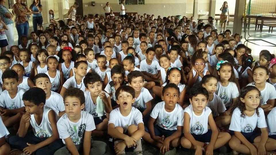 Palestras sobre a Dengue para as crianças da escola Afonso Arinos