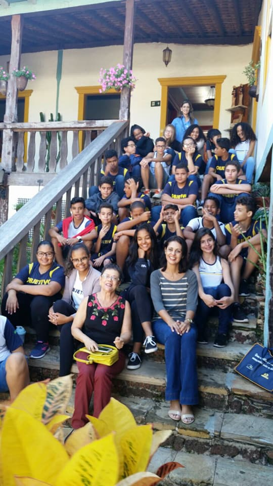Alunos do 8 ano do Colégio Império fazem visitação do núcleo Histórico de Paracatu.