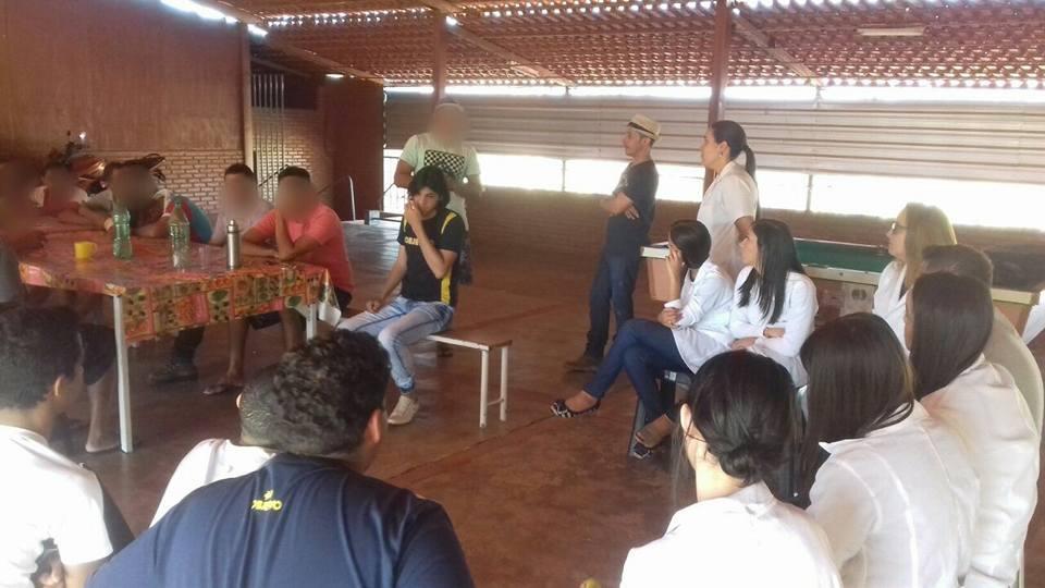 Visita técnica dos alunos do segundo ano do ensino médio do colégio Império Educacional na Clínica Terapêutica de Paracatu. A compreensão das consequê